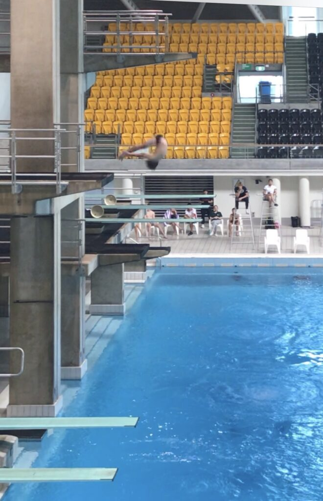 Sport News, Dylan Thomas dive